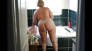 mature damsel butts 1